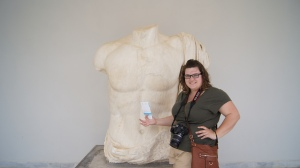 Touching Zeus' Temple ;)